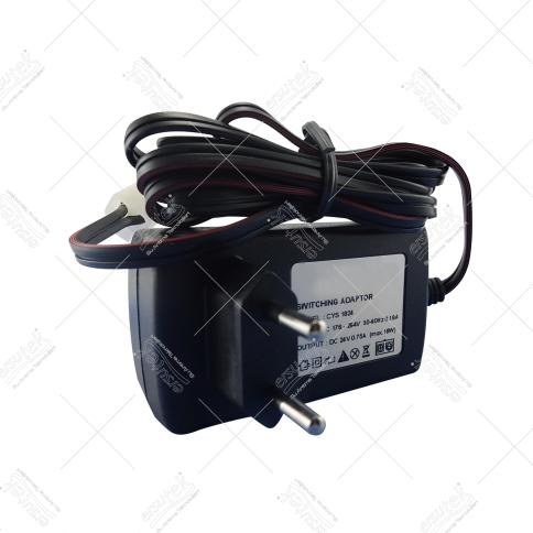 EST-1831 36Valt 2amper adaptör